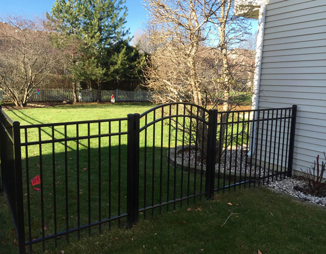 Aluminum Fence - Fence Installation in Lockport IL