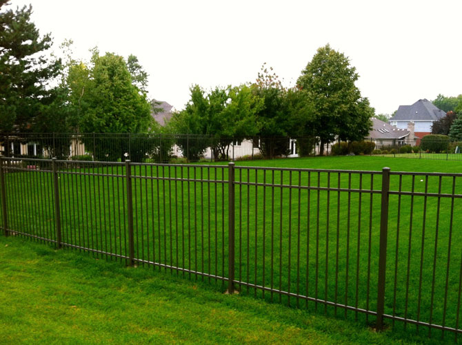 Aluminum Fence - Classic Fence Installation in New Lenox IL