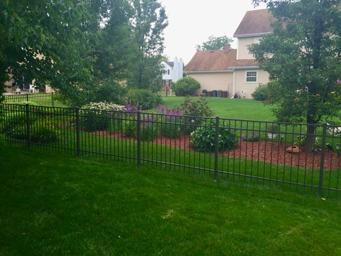Aluminum Fence - Classic Fence Installation in Orland Park IL
